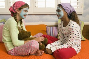 How to Make Your Friend Feel Comfier at a Sleepover