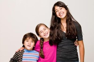 Older siblings can be positive role models for younger children.