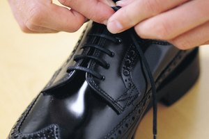 How to Get Your Shoes Really Shiny