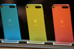 How to Turn on Your Camera on the Front Part of the iPod Touch