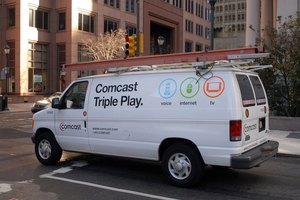 How to Use an iPhone to Control a Comcast Box