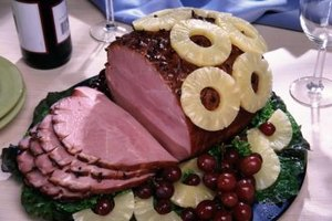 Smoked ham is a convenient meal, requiring nothing more than heating up in the oven.