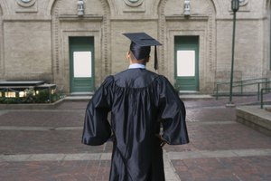 Can You Transfer From a Technical College to a University With a GED?