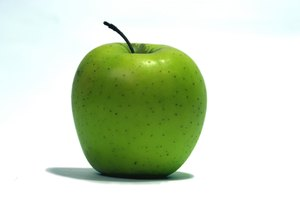 Las manzanas granny smith son de color verde brillante.