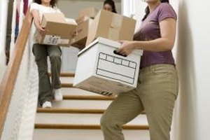 Sellers can move out of a short sale property before or upon closing.