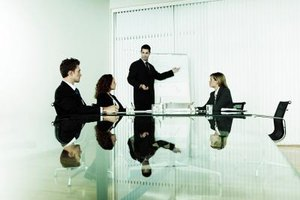 Principal consultants lead and develop consulting teams.