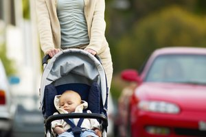 The Best Baby Strollers for Tall Parents