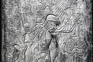 How Did Akhenaten Change Egyptian Society?