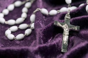 The Anglican rosary includes 33 beads that represent the 33 years of Jesus Christ's life on this earth.