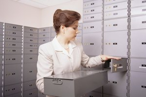 The Advantages of a Safe Deposit Box