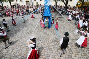 Maypole Traditions in Germany