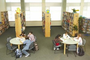 Middle school book clubs may help motivate readers.