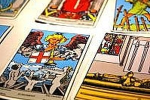 How to Learn To Read Tarot Cards Free