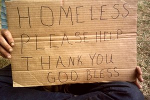 In Chicago both religious and secular organizations feed the homeless.