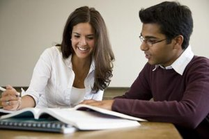 What Are Some Advantages and Disadvantages of Peer Tutoring?