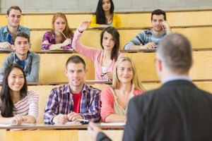 How to Talk in My First Class Seminar