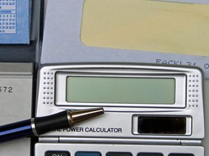 How to Calculate the Return on an Investment with Recurring Expenses