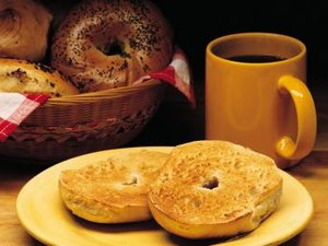 Are Bagels Healthy for Breakfast?