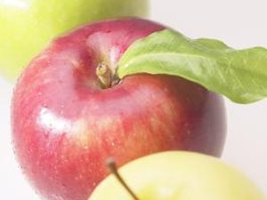 What Are the Benefits of Eating an Apple?