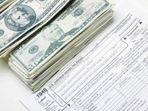 Can Tax Credits Be Used If You Do Not Itemize Deductions & Do Not Pay Taxes?