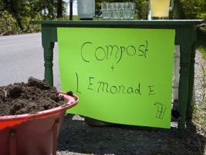 How Do I Pile Compost?