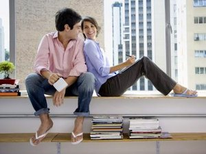 How Do Work Life Issues Affect New Single Workers or Working Couples?