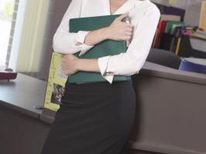 How to Dress for an Administrative Assistant Interview