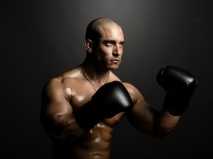 Shadowboxing With Weights to Lose Weight and Burn Calories