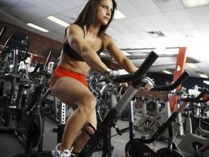 On What Muscle Group Does Spinning Work?