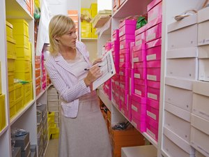 What Are the Duties of an Inventory Control Analyst?