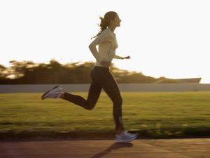 How to Train Your Body to Burn Fat During a Run