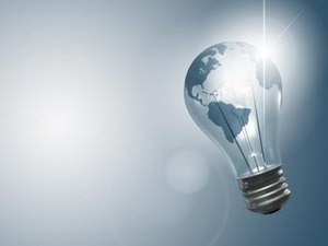 How Much Money Can Be Saved by Going Green & Using Green Light Bulbs?