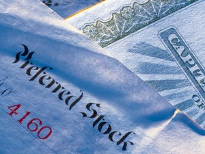 How to Calculate the Annual Dividend on Preferred Shares