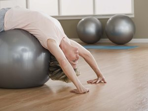 Leg and Ab Workout With a Yoga Ball Extension