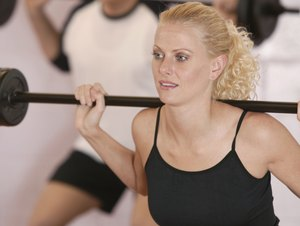 How to Get Strong Legs With a Barbell