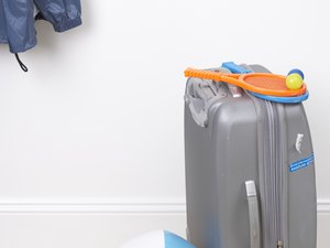 How to Insure Luggage Against Theft
