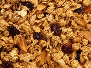 What Are the Benefits of Granola?