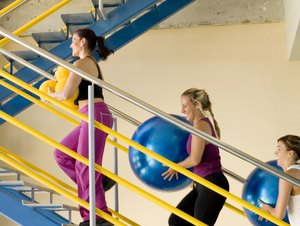 Exercises With a Medicine Ball for Bone Density