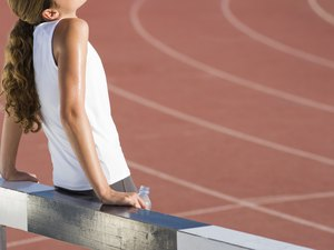 How to Prevent Stomach Muscles From Cramping While Running
