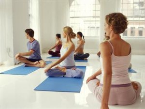 What Are the Benefits of Yoga Twists?