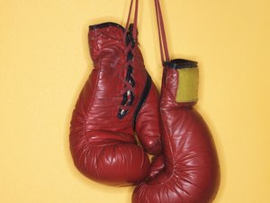 Difference Between Men's & Women's Boxing Gloves