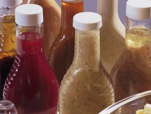 How to Look for Gluten in a Salad Dressing Label