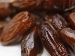 Do Dates Lower Bad Cholesterol?