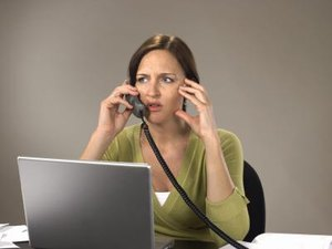How to Handle Profanity on the Phone in the Workplace