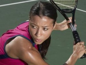 How to Hold the Tennis Racket With the Non-Hitting Hand