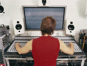responsibilities of a recording artist producer - Duties Of A Producer