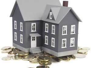 Can You Claim Interest Paid on a Foreclosure?