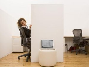 The Best Direction to Face in a Workplace Cubicle