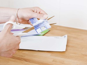 How to Improve a Credit Card Credit Rating