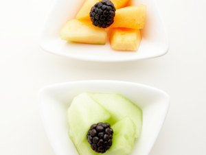 What Nutrients Do You Get From Cantaloupe & Honeydew Melon?